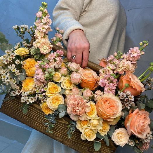 Ящик «Цветущий сад»