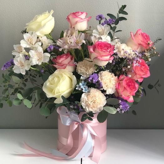 Цветы в коробке «Сладкие мечты»