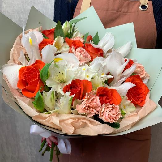 Author's bouquet with irises and daffodil