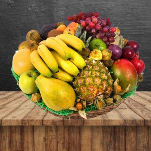 Продуктовый витаминный набор из фруктов