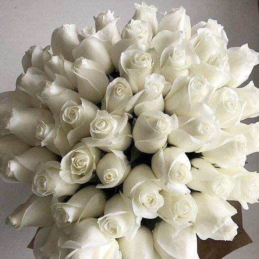 Букет из 45 белых голландских роз 50 см: букеты цветов на заказ Flowwow