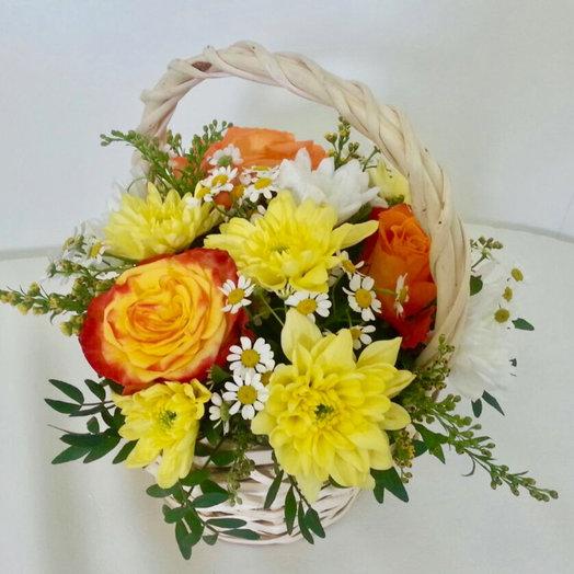 Корзиночка «Изобилие полей»: букеты цветов на заказ Flowwow