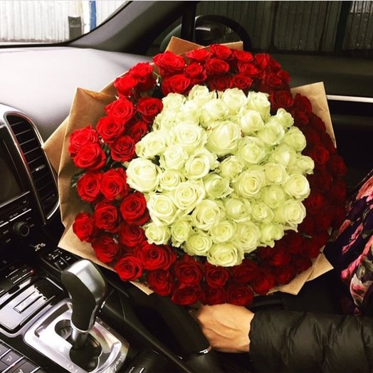 Магический шар из 101 роз: букеты цветов на заказ Flowwow