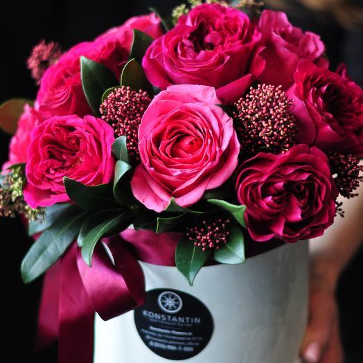 Шляпная коробка с розами Дэвида Остина: букеты цветов на заказ Flowwow