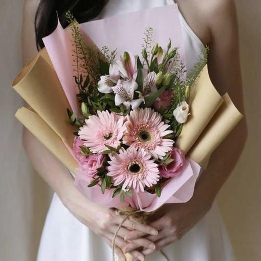 Букет на 1 сентября N1: букеты цветов на заказ Flowwow