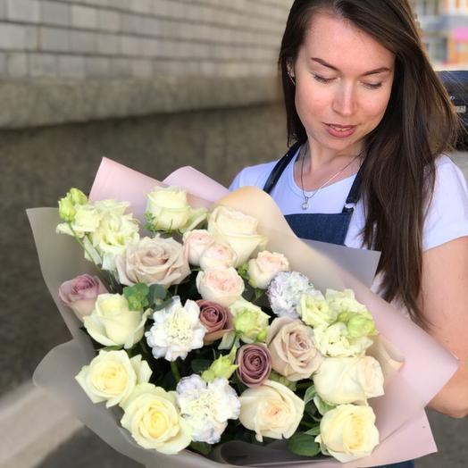 Красота и изысканность: букеты цветов на заказ Flowwow