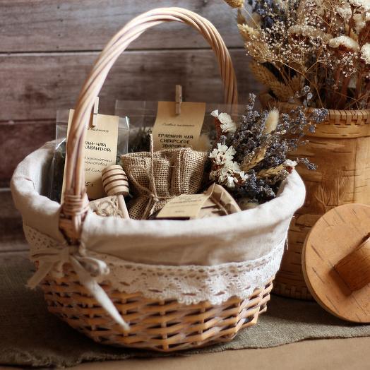 """Подарочная корзина """"Первый день сентября"""": букеты цветов на заказ Flowwow"""