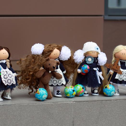 """Кукла ручной работы """"Школьница"""": букеты цветов на заказ Flowwow"""