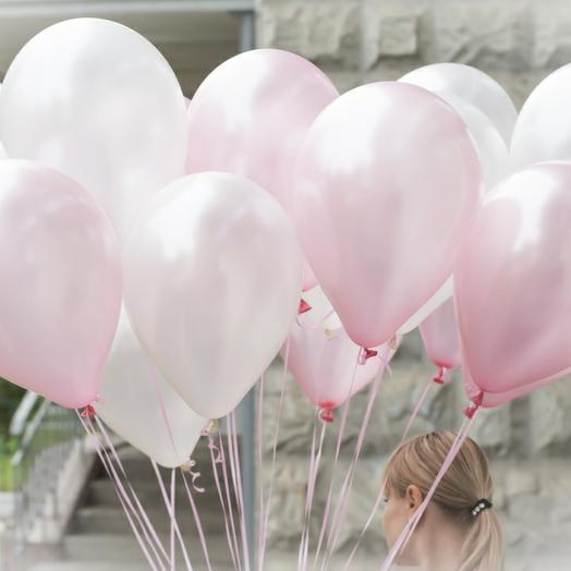 Облако бело розовых шаров