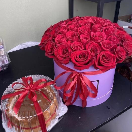 Roses with tiramisu