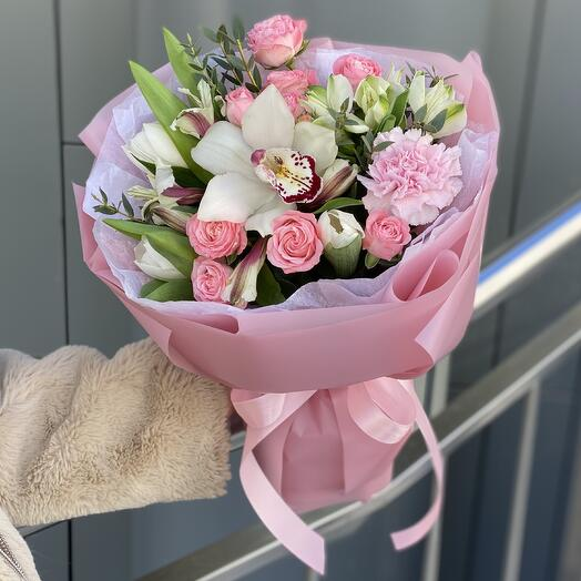Simon's bouquet of tulips and cymbidium
