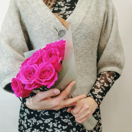 Букет Гаме 11 из роз цвета фуксия 40 см