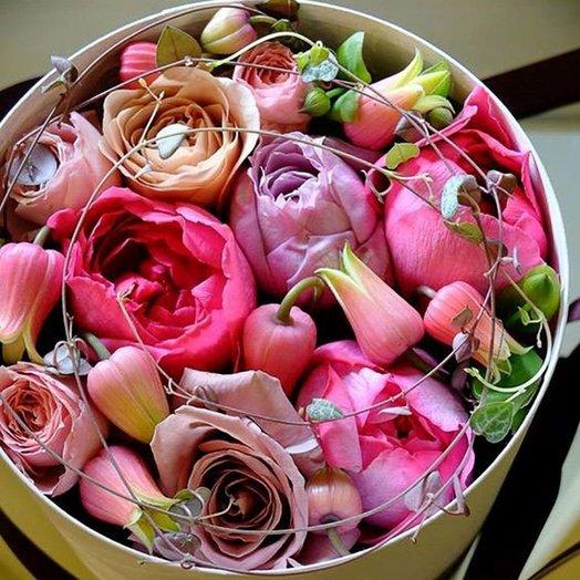 Шляпная коробка с цветами «В гармонии с природой»: букеты цветов на заказ Flowwow