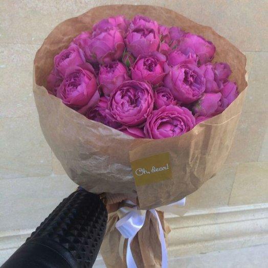 Пионовидная роза в крафте: букеты цветов на заказ Flowwow