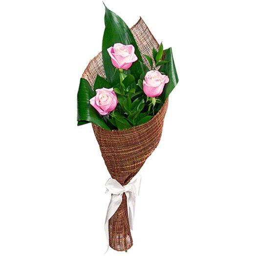 Купить, букет из 3 5 роз в сетке