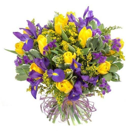 Букет Мальвина из тюльпанов ирисов зелени Код 153434: букеты цветов на заказ Flowwow