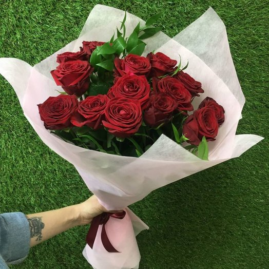 15 ГОЛЛАНДСКИХ РОЗ 70 СМ: букеты цветов на заказ Flowwow