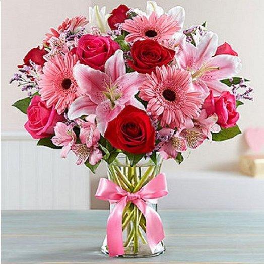 Гербера, роза, лилия, альстромерия взрывное сочетание цветов: букеты цветов на заказ Flowwow