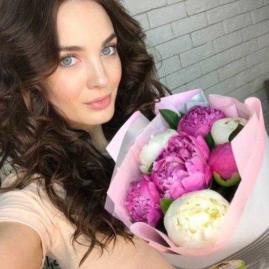 Мини комплимент из пионов: букеты цветов на заказ Flowwow