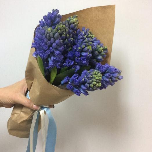 Букет с синими гиацинтами: букеты цветов на заказ Flowwow