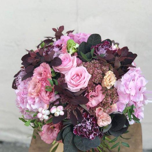 Гортензия и котинус: букеты цветов на заказ Flowwow