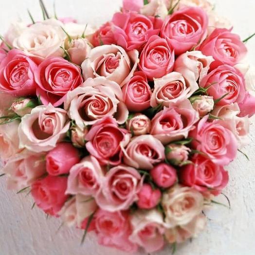 """Букет в виде сердца """"Розовая Валентинка"""": букеты цветов на заказ Flowwow"""