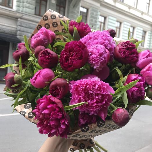 Шикарные пионы по супер цене: букеты цветов на заказ Flowwow