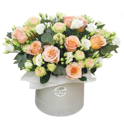 Цветочный микс в шляпной коробке: букеты цветов на заказ Flowwow