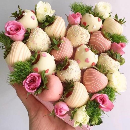 "Коробочка "" Клубничка "": букеты цветов на заказ Flowwow"