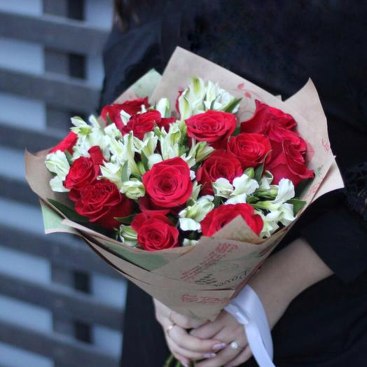 «Восторг»: букеты цветов на заказ Flowwow