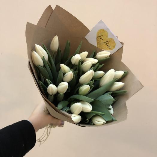 Хрустящие свежие тюльпаны: букеты цветов на заказ Flowwow