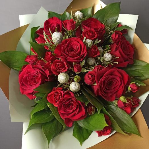 Страстные чувства: букеты цветов на заказ Flowwow
