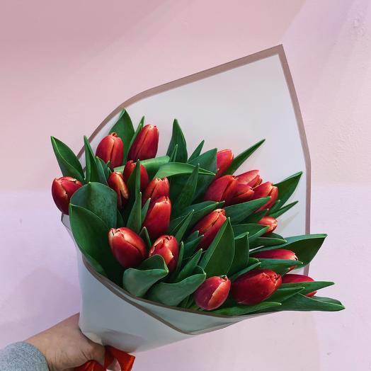 15 тюльпанов любимой: букеты цветов на заказ Flowwow