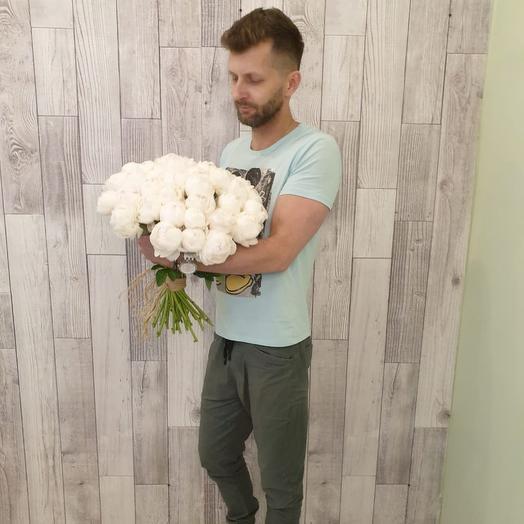Монобукет из белых пионов: букеты цветов на заказ Flowwow