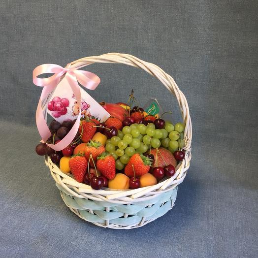 Фруктовая корзина «Витаминка»: букеты цветов на заказ Flowwow