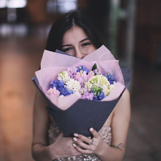 Букет из разноцветных гиацинтов 25: букеты цветов на заказ Flowwow