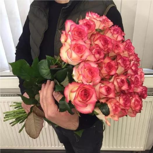 21 роза Джамілія