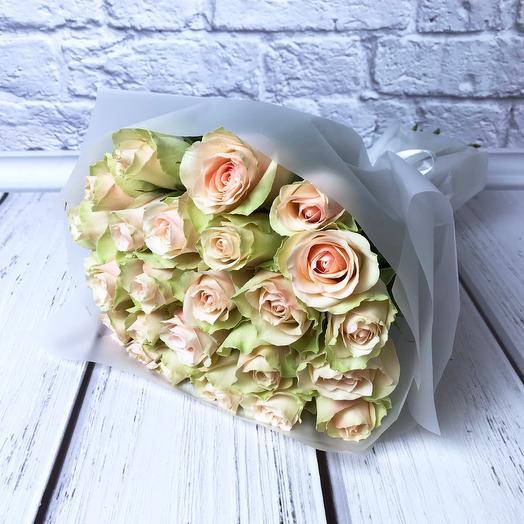 25 бледно-розовых роз 40 см