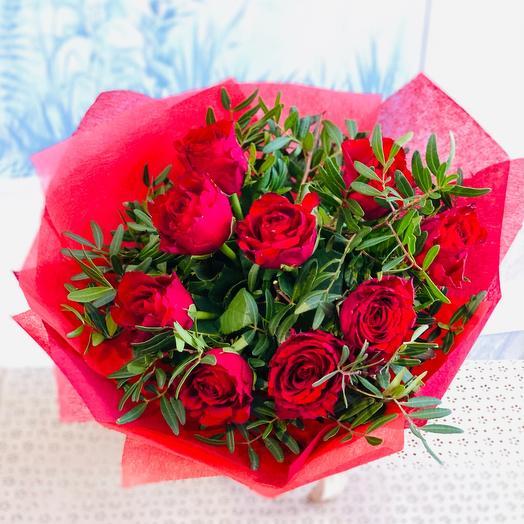 Букет «9 роз в фетре»