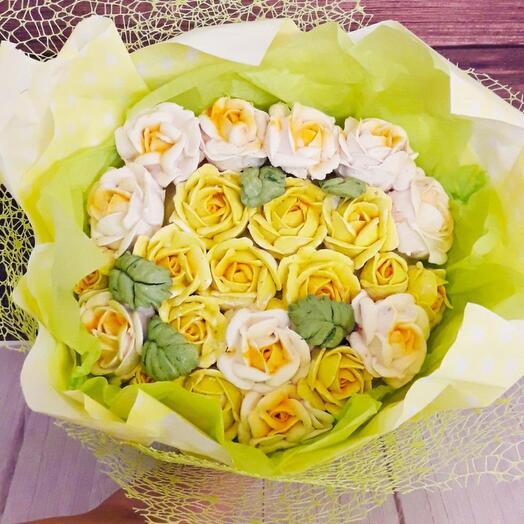 Зефирный букет из роз