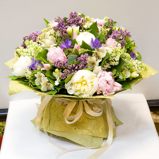 Букет цветов Весенний VIP: букеты цветов на заказ Flowwow