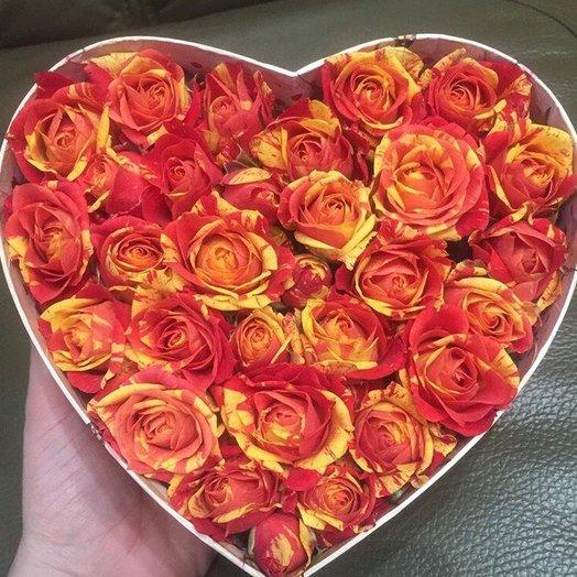 Сердце из роз : букеты цветов на заказ Flowwow