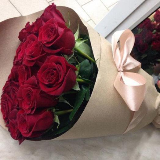 Букет 25 красных роз