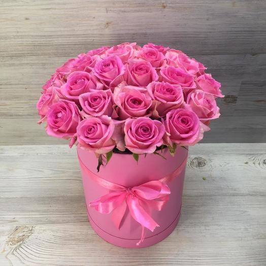 Коробка розовых роз: букеты цветов на заказ Flowwow