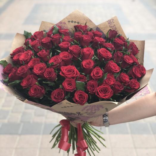 Букет из 65 роз: букеты цветов на заказ Flowwow