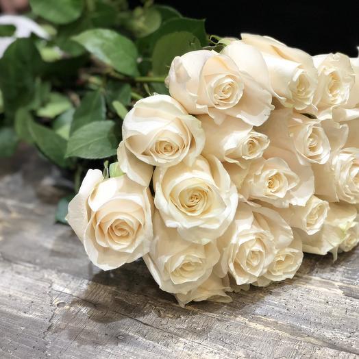 19 белых роз 50 см (Эквадор): букеты цветов на заказ Flowwow