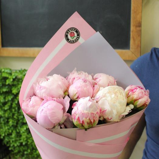 9 нежных пионов. Premium: букеты цветов на заказ Flowwow