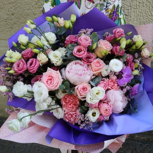 Barcelona: flowers to order Flowwow