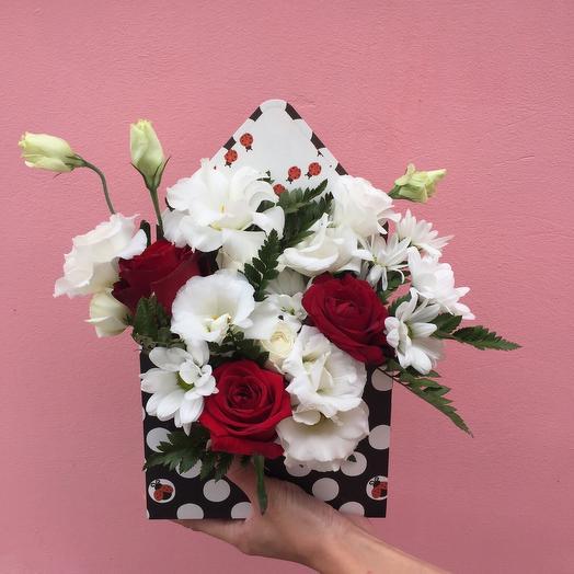 Конверт с цветами «Божья коровка»: букеты цветов на заказ Flowwow