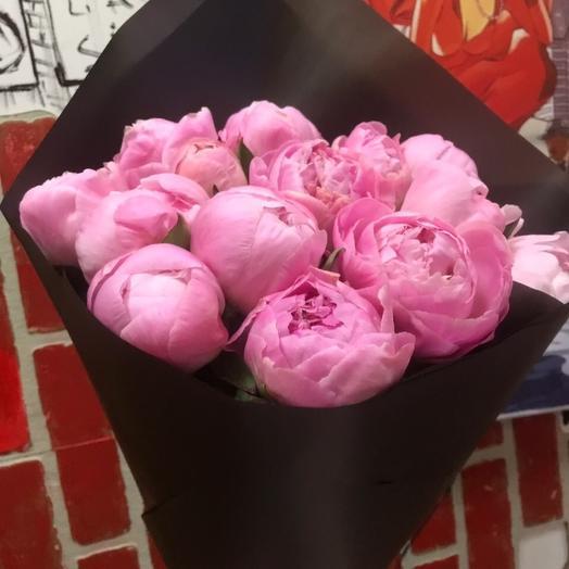 Шикарные розовые пионы в наличии круглый год: букеты цветов на заказ Flowwow